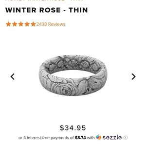 Like new Groove Life Winter Rose ring 6